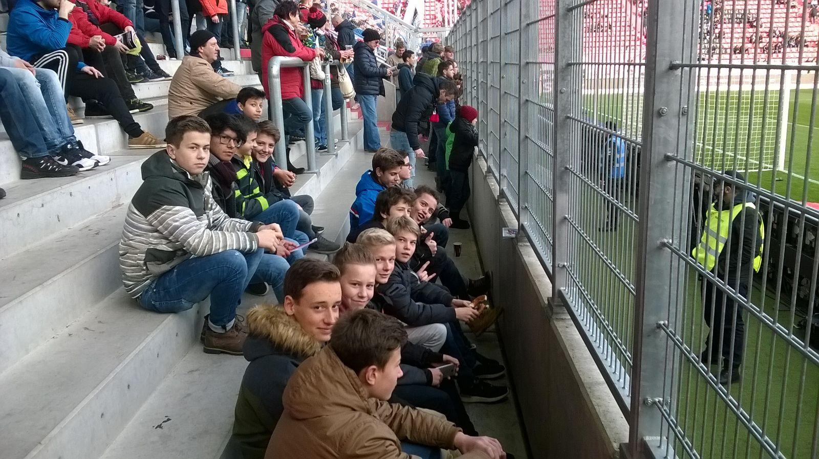 Die C2-Junioren des SV Ascha beim Bundesligaspiel: FC Ingolstadt- TSG Hoffenheim