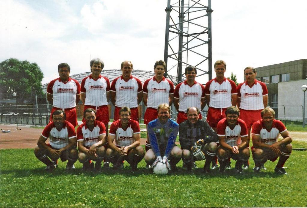 Mannschaftsfoto AH-Wien